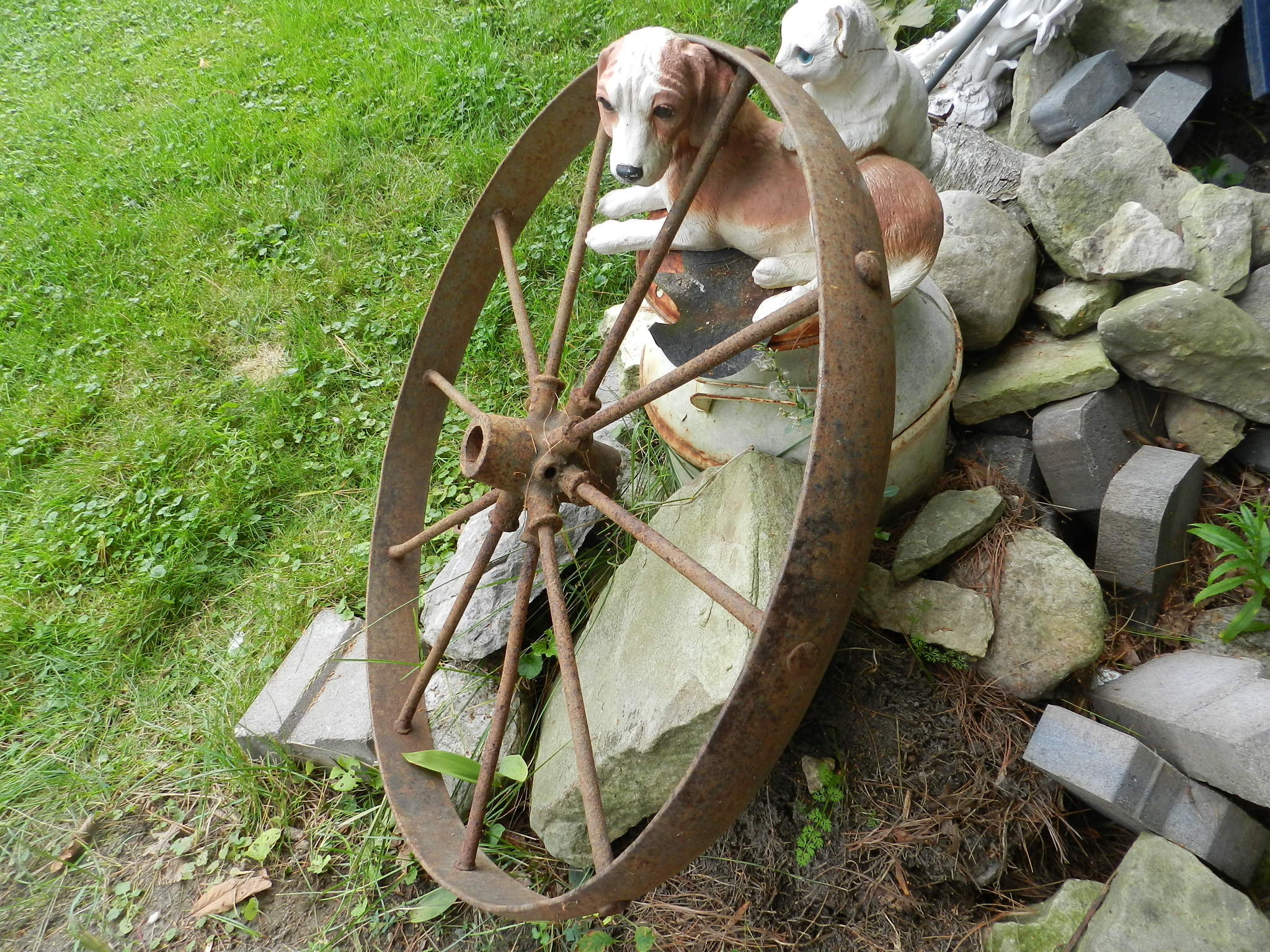 ***SOLD*** Vintage Garden Wagon Wheels