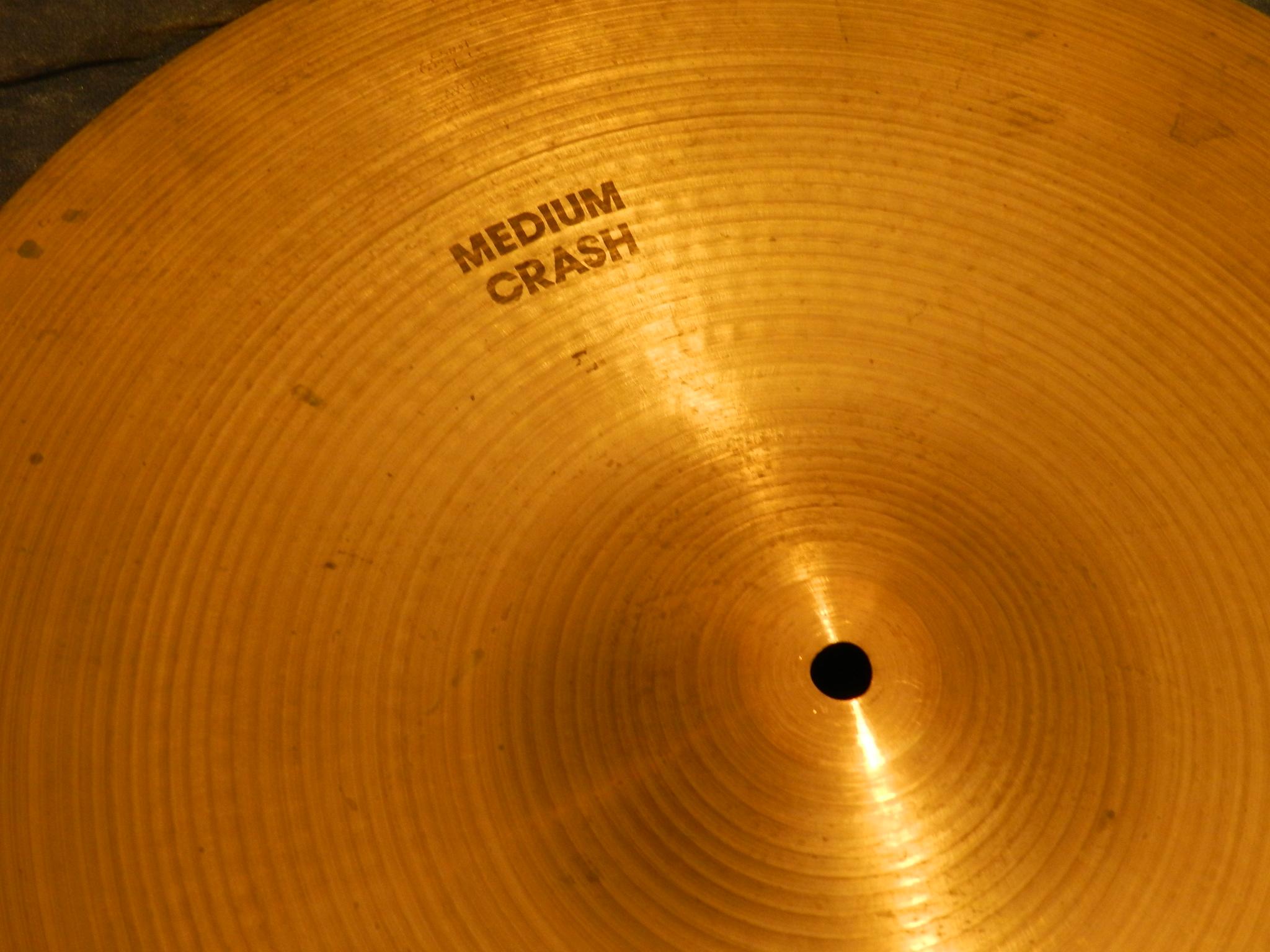 """$99 - 18\"""" Zildjian Cymbol - Medium Crash"""