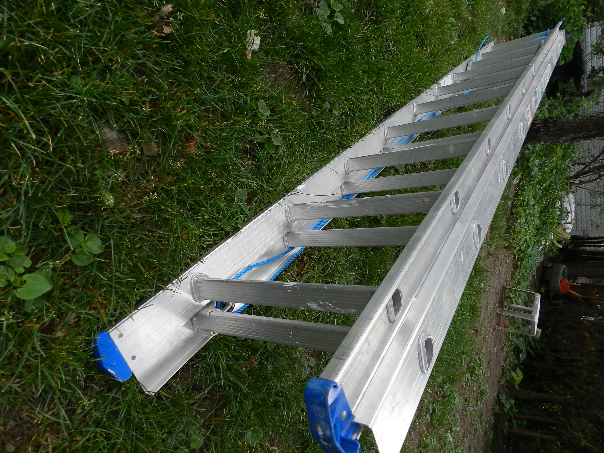 **SOLD**  Tough Aluminum 17ft Extension Ladder - hardly used