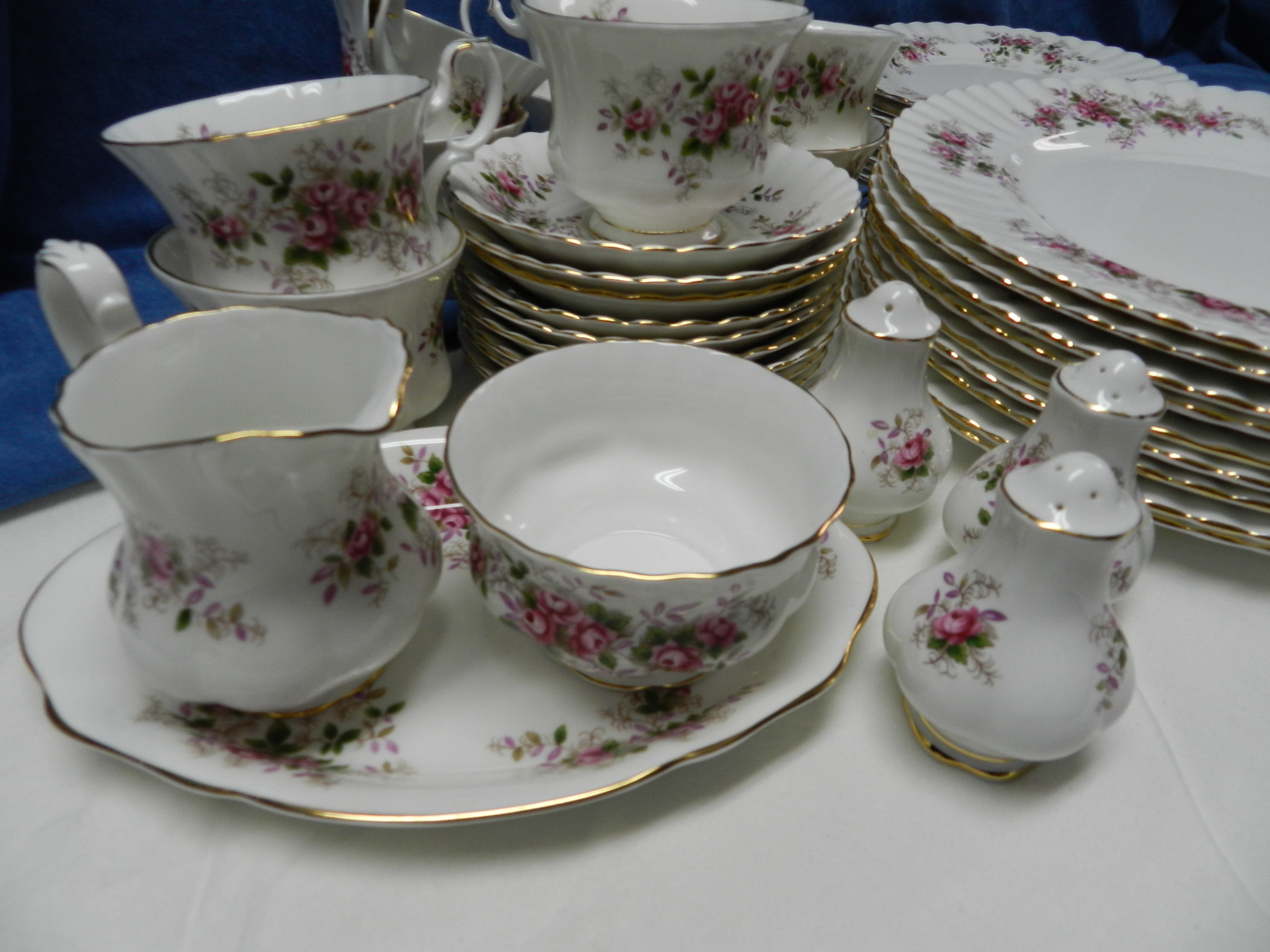 **SOLD** - Royal Albert English Fine Bone China - Lavender Rose