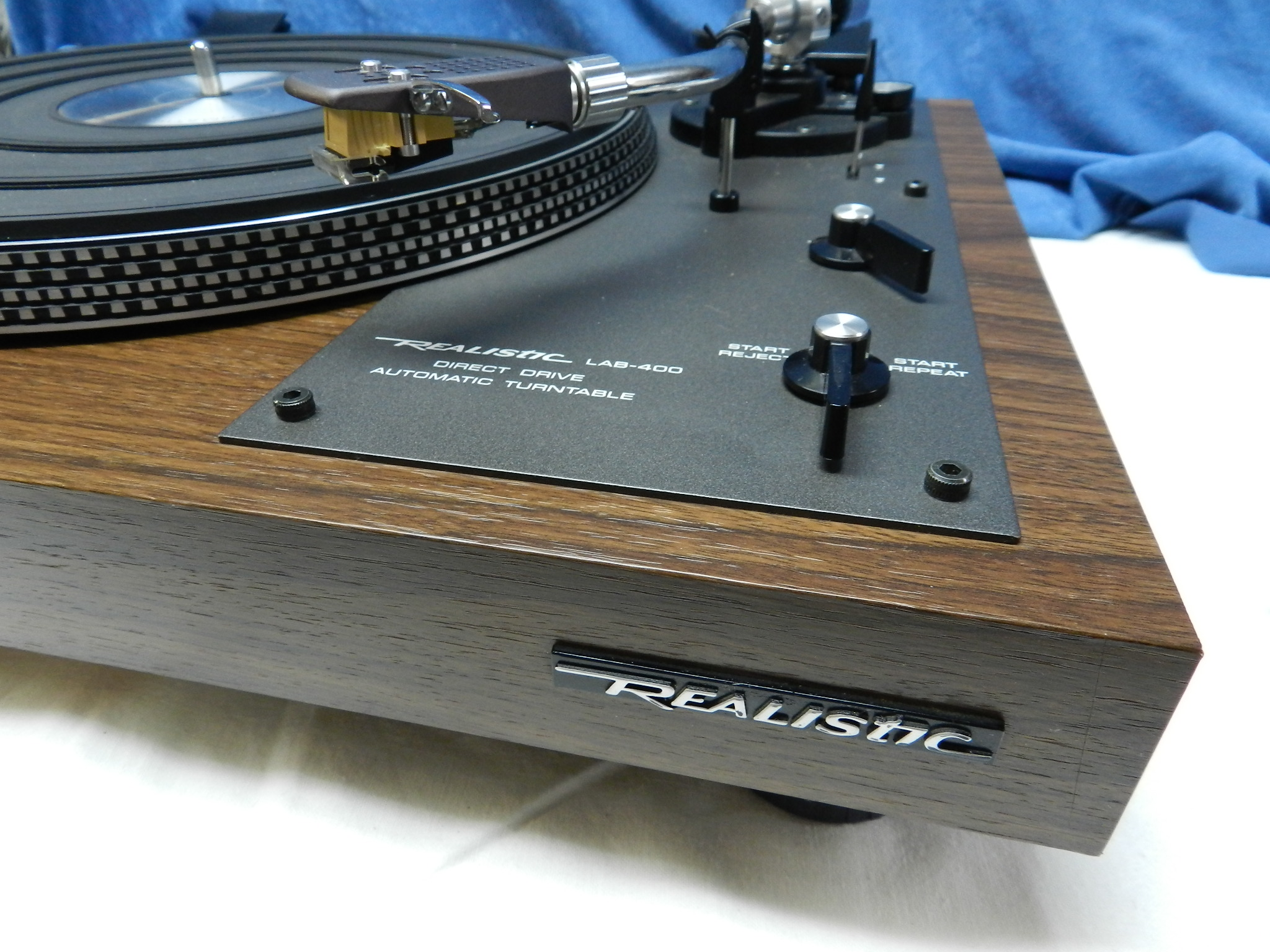 **SOLD** Realistic LAB 400 Professional Turntable  - Wood Plinth