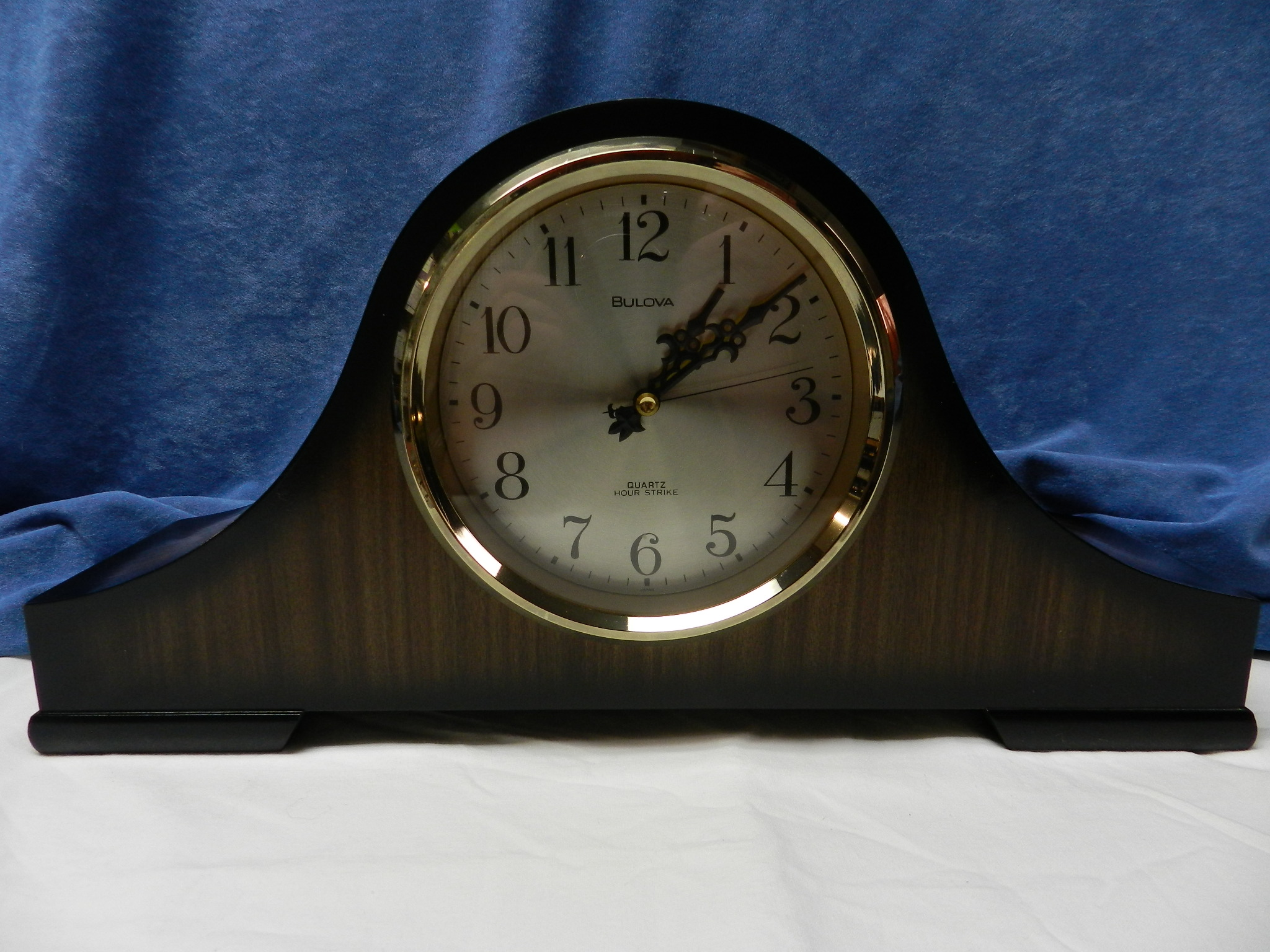 **SOLD**  Bulova Quartz Mantel Parlour Clock - Nice